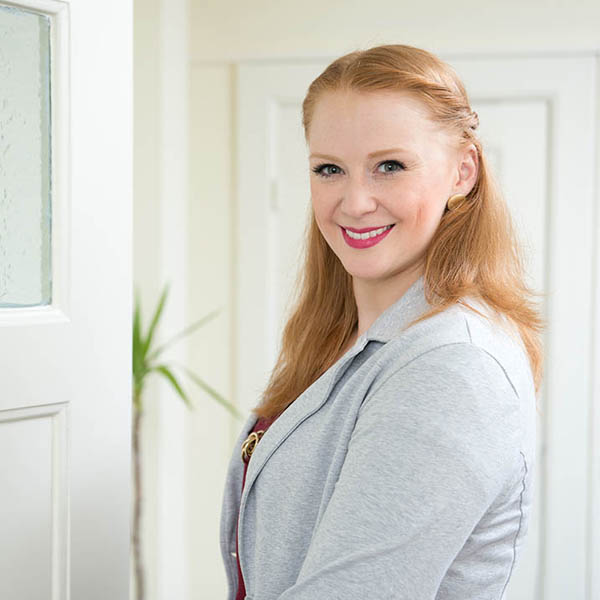 Janine Becker